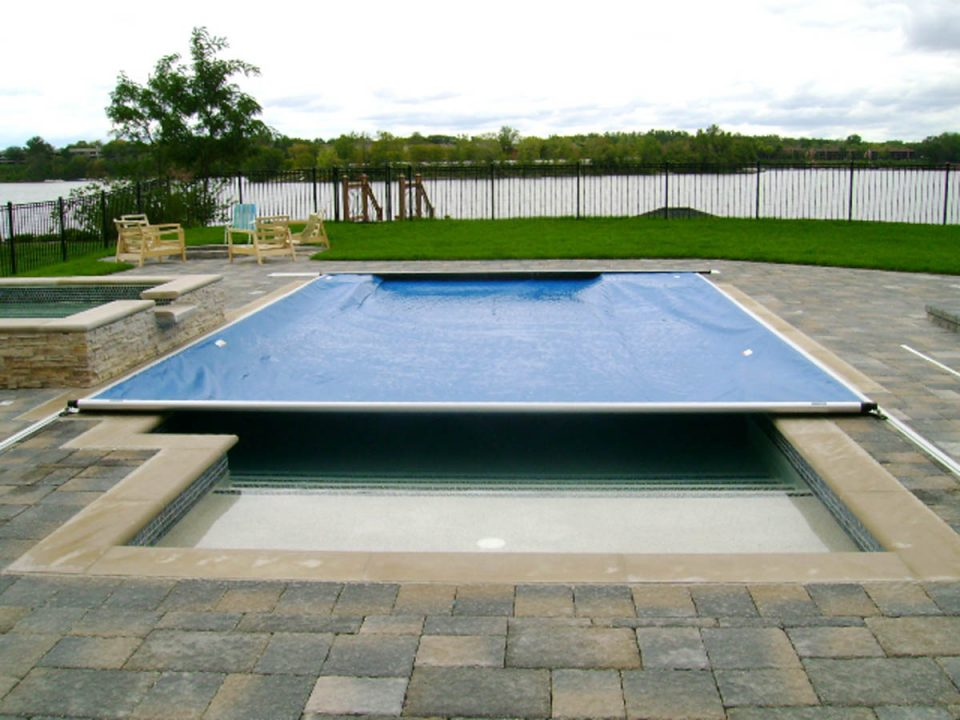Installing Automatic Pool Covers On Fiberglass Pools