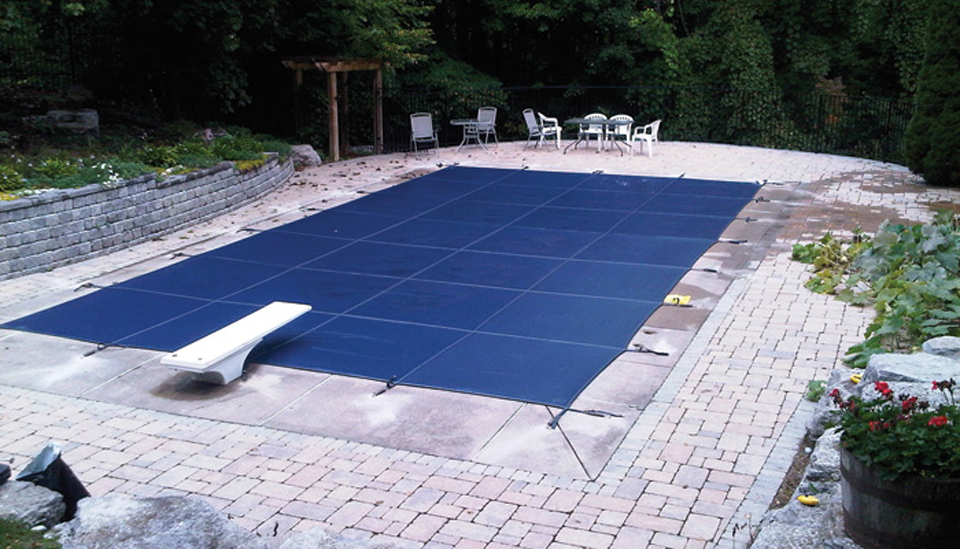 Tips to Successful Backyard Pool Cover Installation