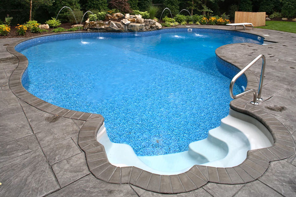 Fiberglass Pools Look As Gorgeous As Concrete