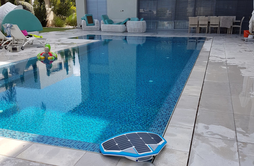 Artificial Intelligence for Swimming Pools