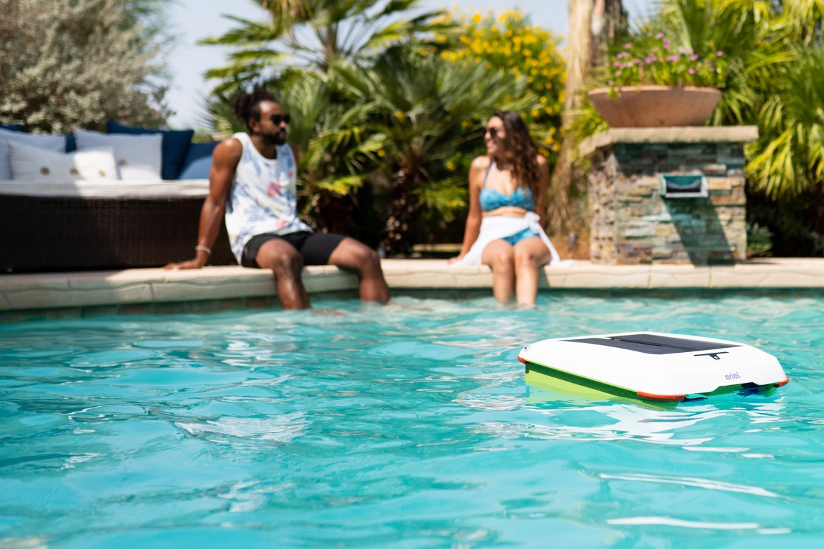 Ariel Automatic Pool Cleaner