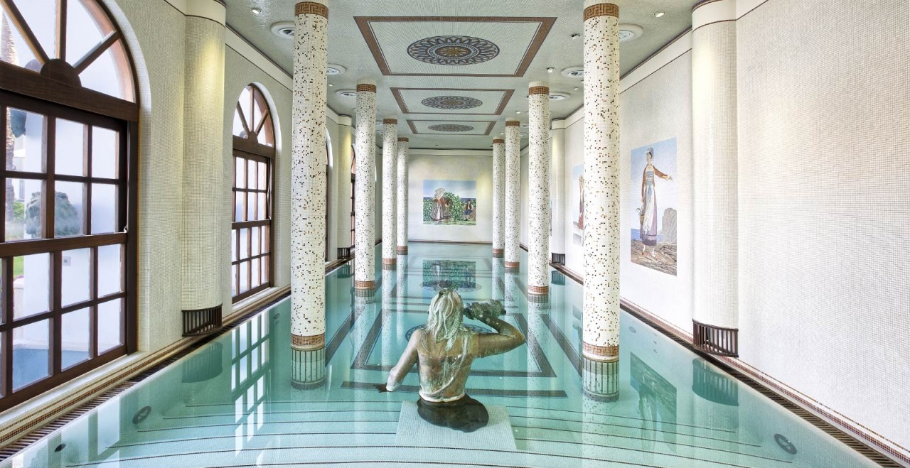 Mosaic Swimming Pools - Leading Pool Tile Artists in the Industry
