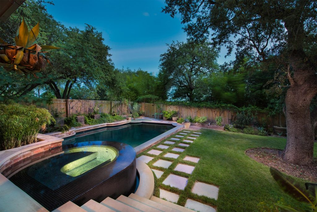 The Top 8 Celebrity Pools in the United States