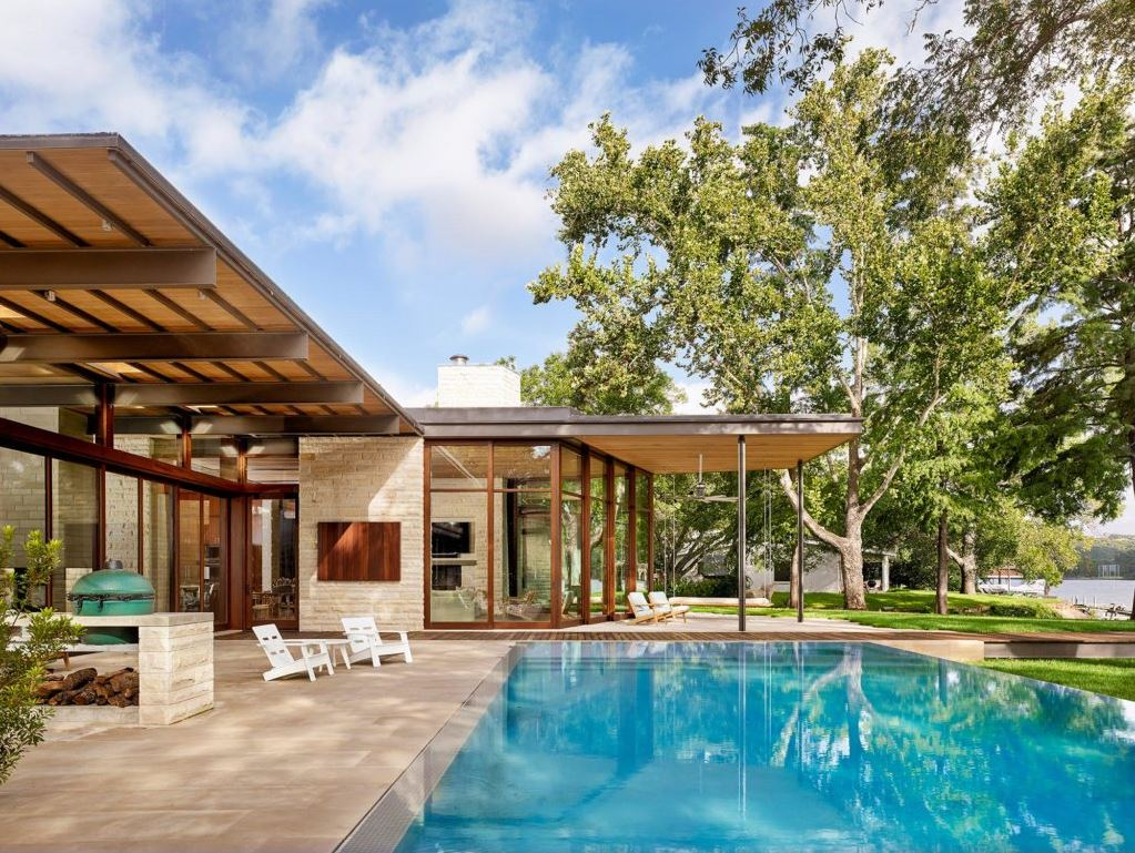 Advice for any builder interested in delving into luxury pools - 'know your numbers', says Scott Cummings of Design Ecology.