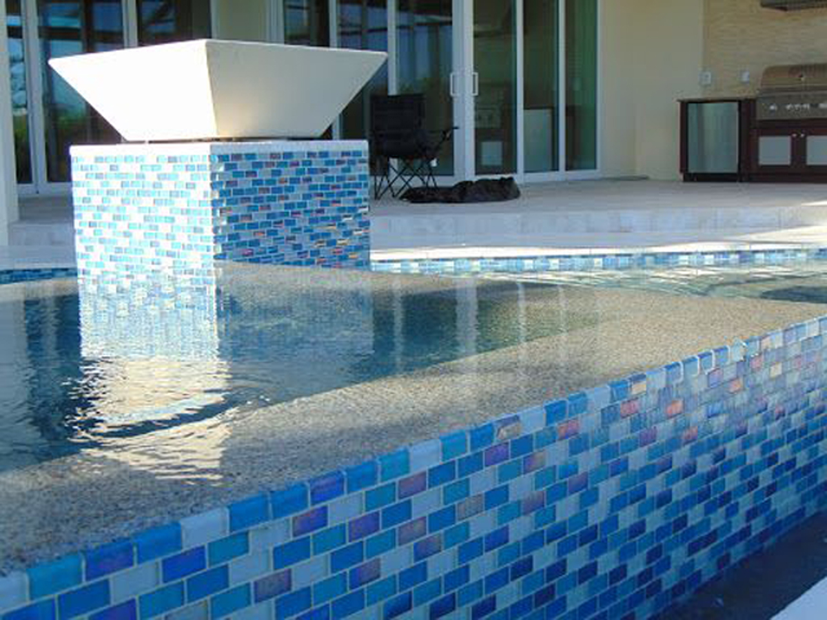 Large Format Pool and Spa Tiles: Installation, Advantages, and Disadvantages