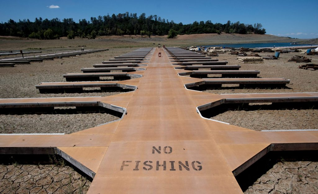 An extreme drought is drying up California lakes and reservoirs and causing concern for experts in the pool industry.