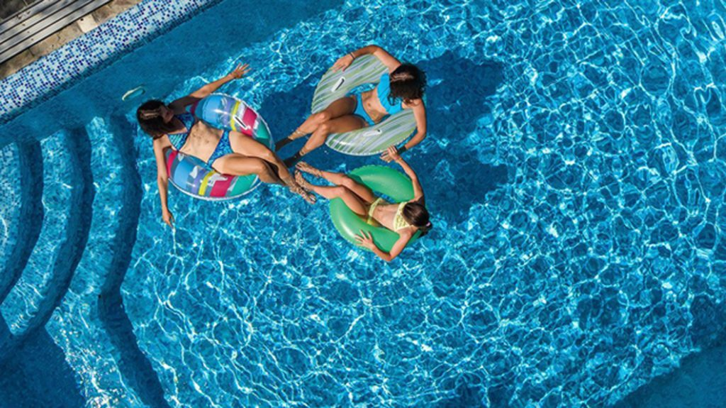 10 Best Pool Toys for 2021